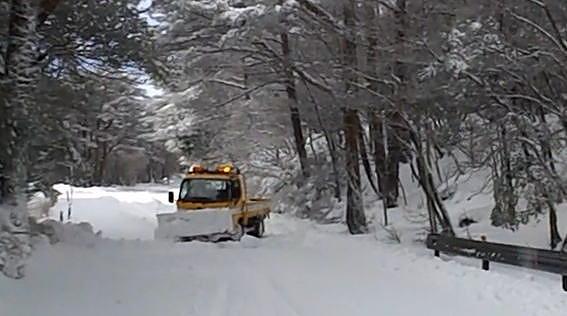 デリカスペースギアで雪道 at えびの高原 03